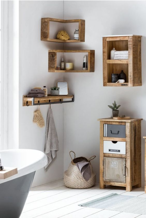 Bathroom Organization Ideas: Classic Rustic Storage