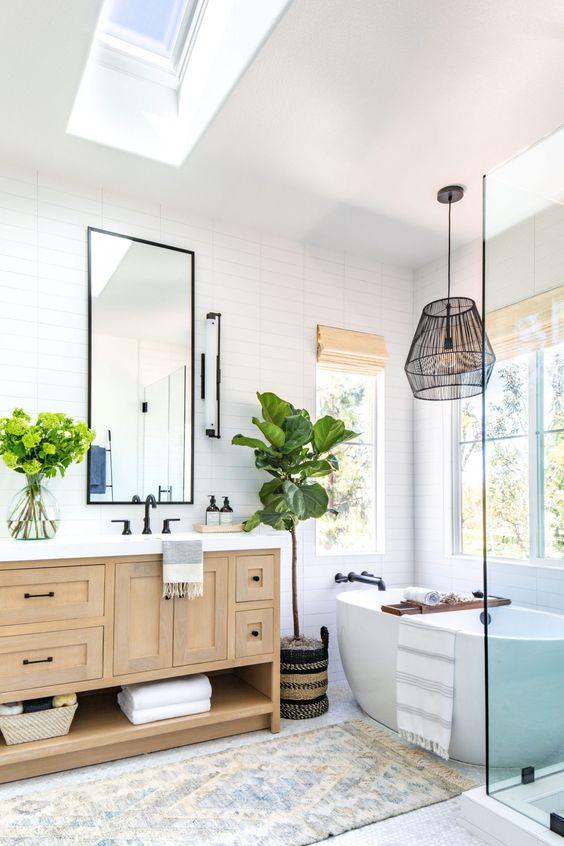 Bathroom Remodel Ideas: Minimalist Neutral Look