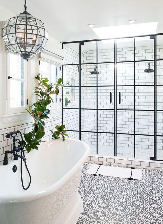 Bathroom Remodel Ideas: Chic Farmhouse Decor
