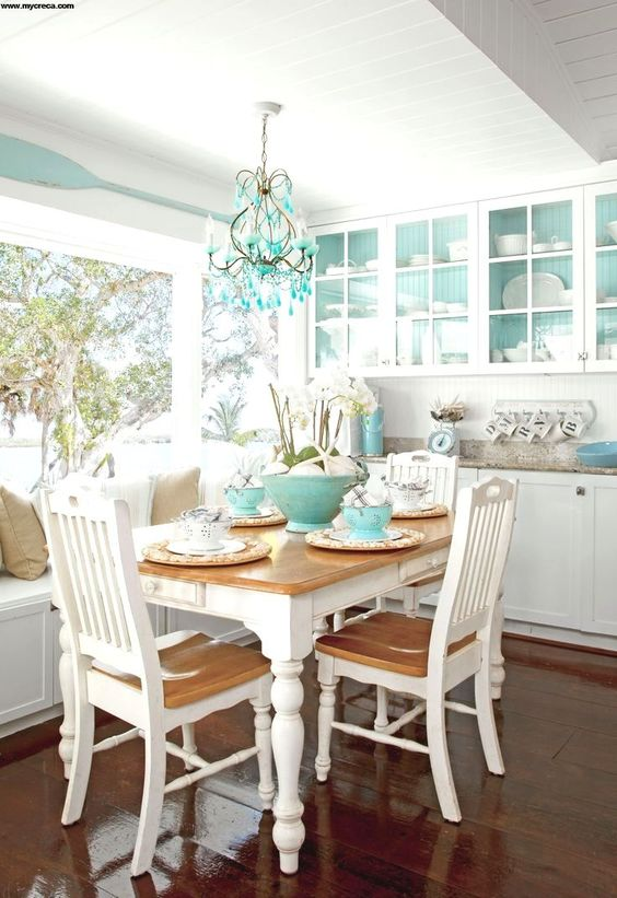 Coastal Dining Room Ideas: Blinding Bright Blue