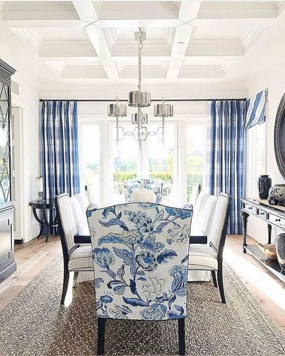 Coastal Dining Room Ideas: Classic Formal Style