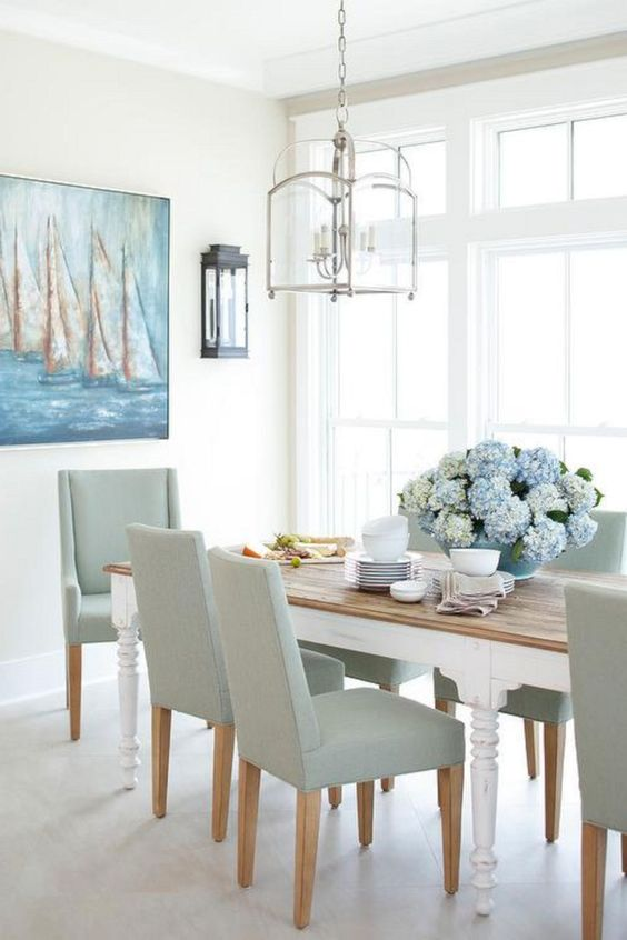 Coastal Dining Room Ideas: Elegant Neutral Shades