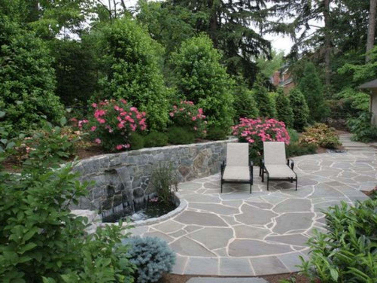 Attractive Flagstone Patio Ideas You Have to See | DecorTrendy
