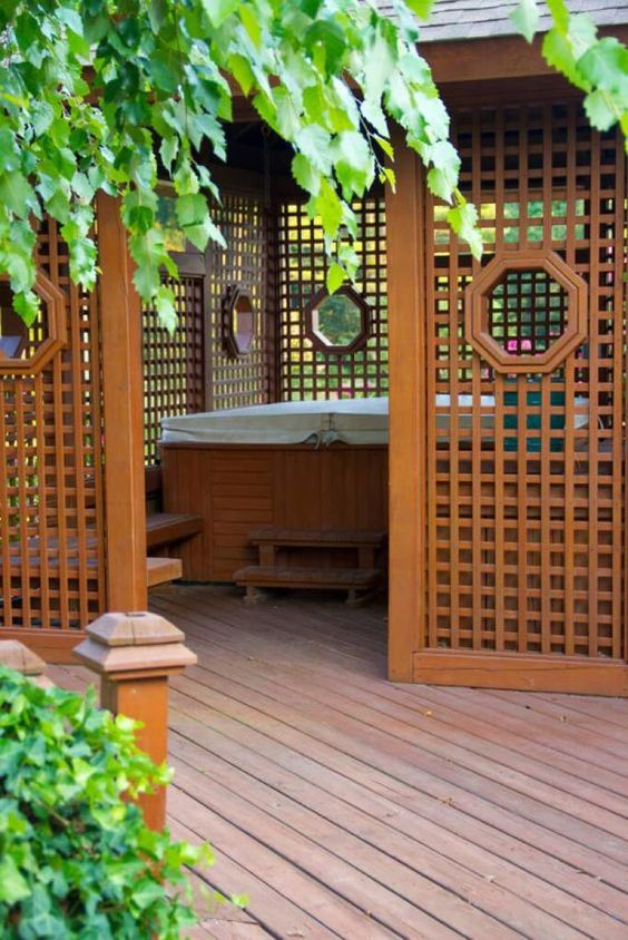 Hot Tub Privacy: Perfect Earthy Privacy