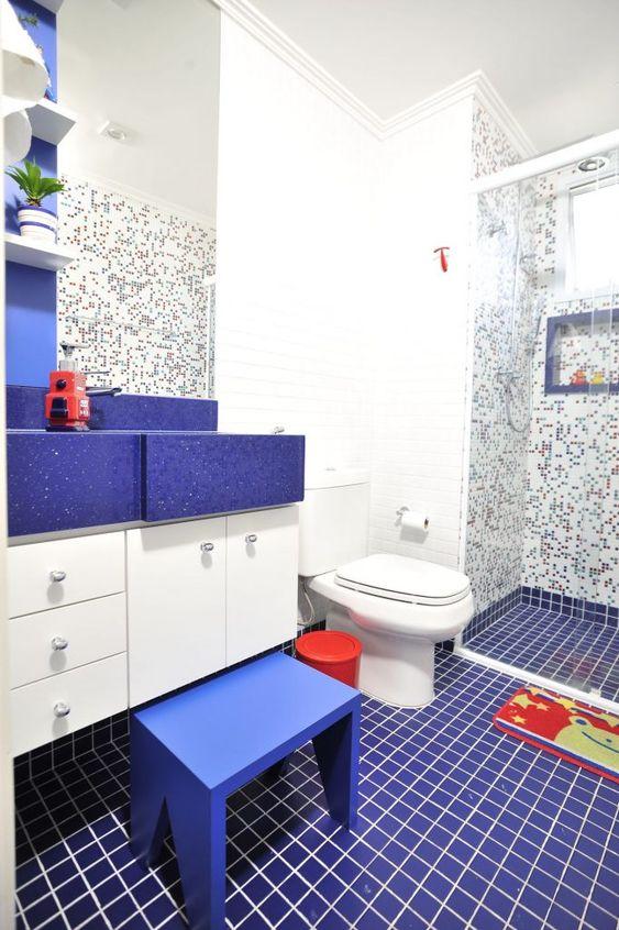 Kids Bathroom Ideas: Fresh Coastal Feeling