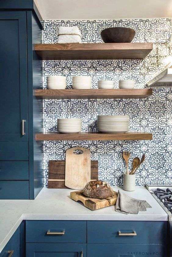 Kitchen Wall Ideas: Eye-Catching Vintage Look