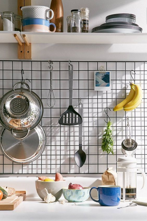 Kitchen Wall Ideas: Hang Them Well