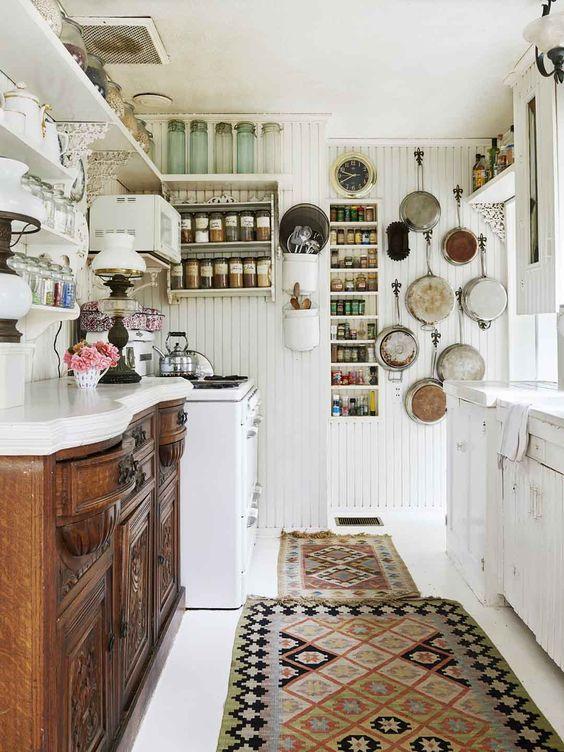 Kitchen Wall Ideas: Creative Wall Decor