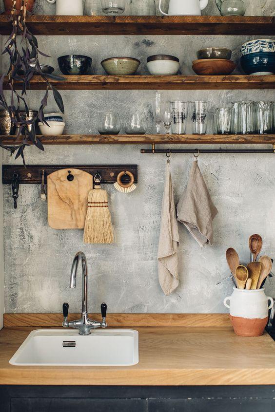 Kitchen Wall Ideas: Striking Rustic Industrial