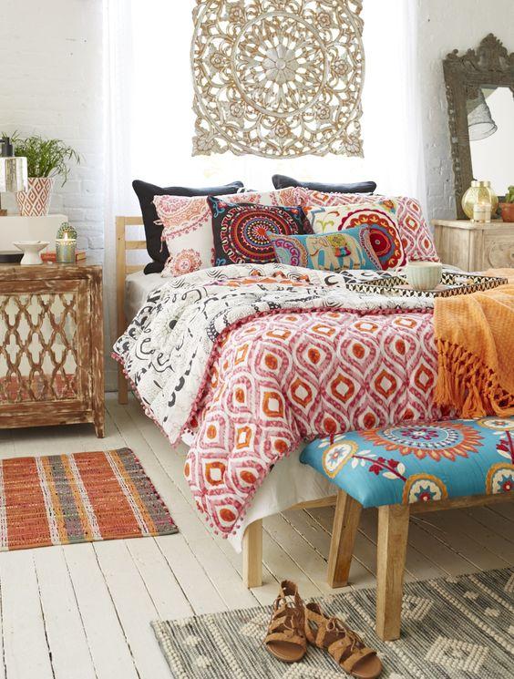 Bohemian Bedroom Ideas: Captivating Vibrant Colors