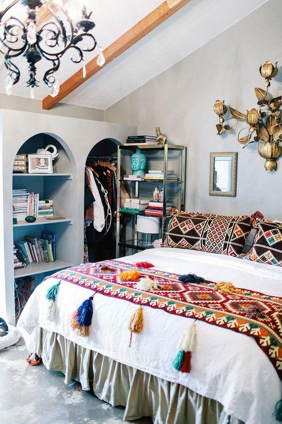 Bohemian Bedroom Ideas: Simple Boho Bedroom
