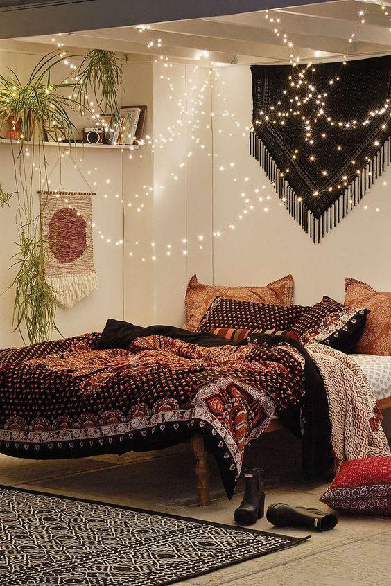 Bohemian Bedroom Ideas: Beautiful Ethnic Atmosphere