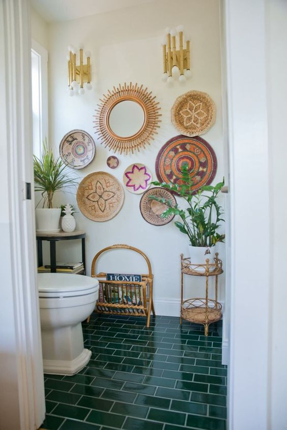 Boho Bathroom Ideas: Eye-Catching Wall Decor