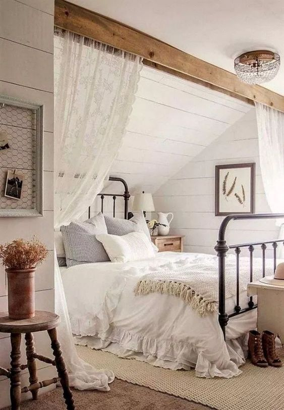 Farmhouse Bedroom Ideas: Elegant Attic Bedroom