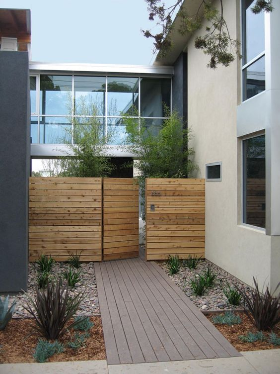 Fence Design Ideas: Charming Fence Gate