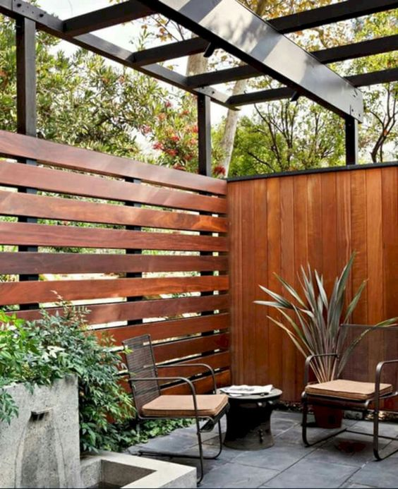 Rustic Fence Ideas: Outstanding Privacy Fence