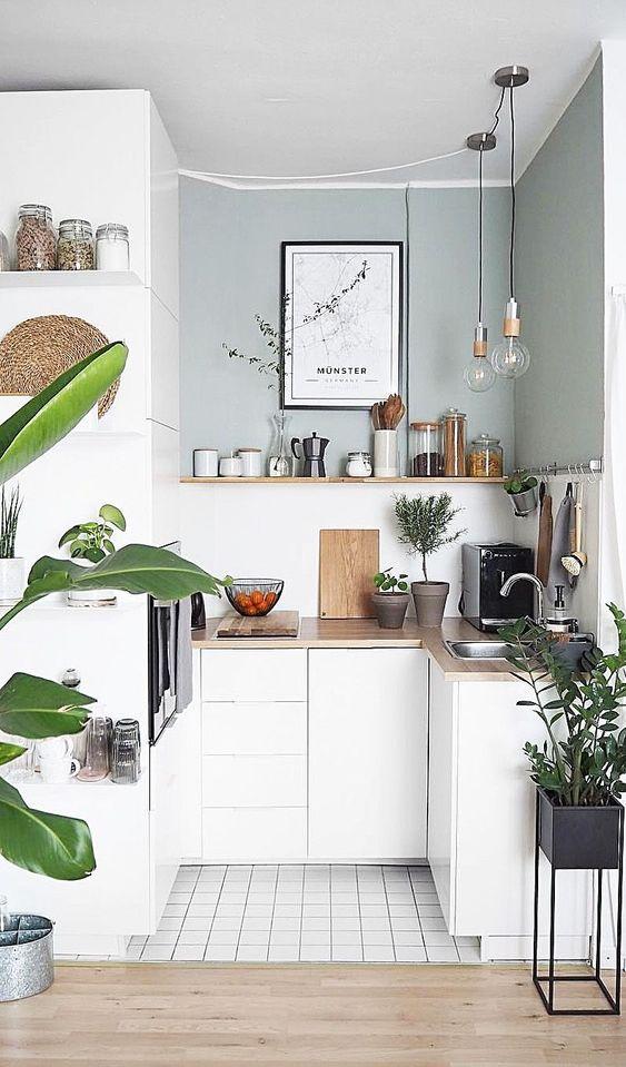 Small Kitchen Ideas: Stunning Petite Spot