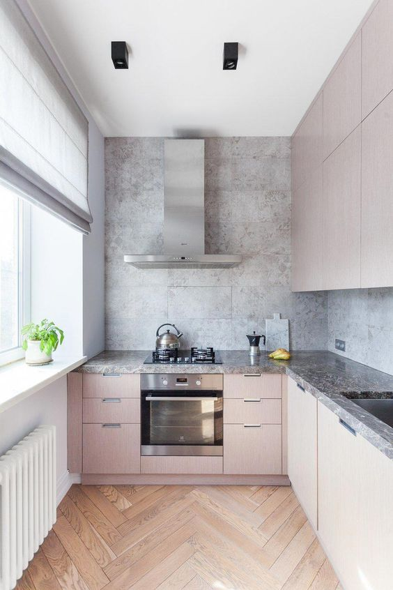 Small Kitchen Ideas: Captivating Contrast Look