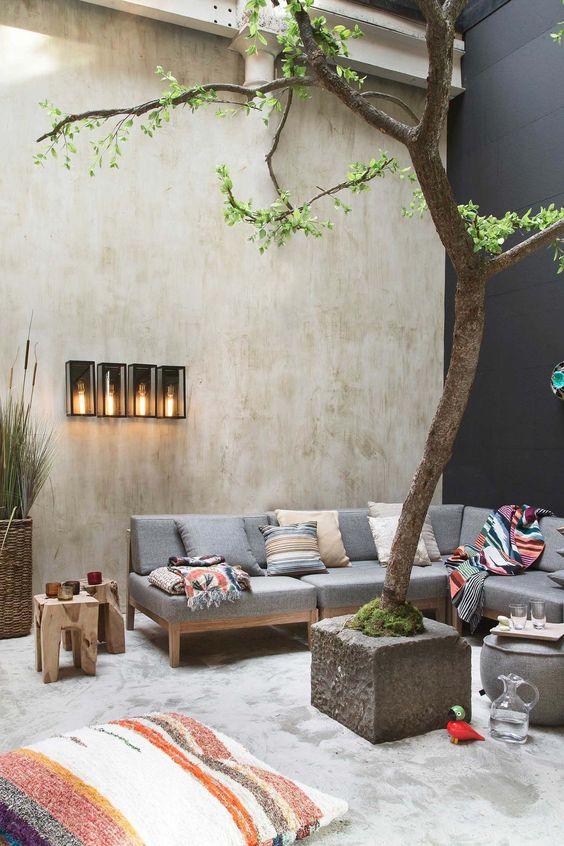Backyard Sitting Area Ideas: Captivating Small Backyard