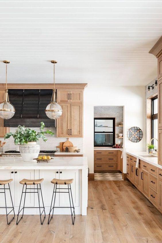 Farmhouse Kitchen Ideas: Minimalist Farmhouse Decor