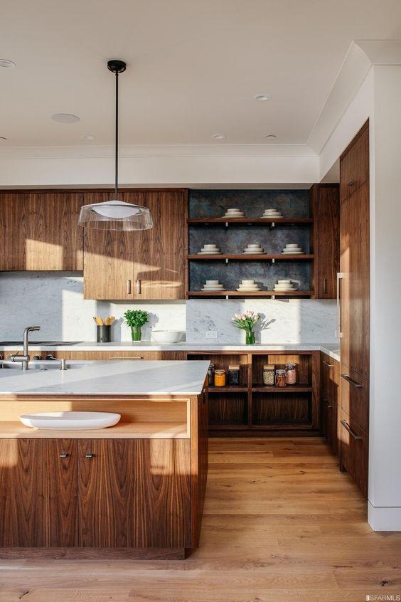 Farmhouse Kitchen Ideas: Earthy Farmhouse Cabinets