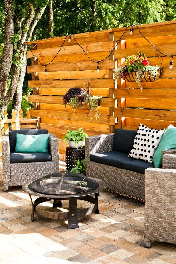 Fence Inspiration Ideas: Stunning Decorative Fence