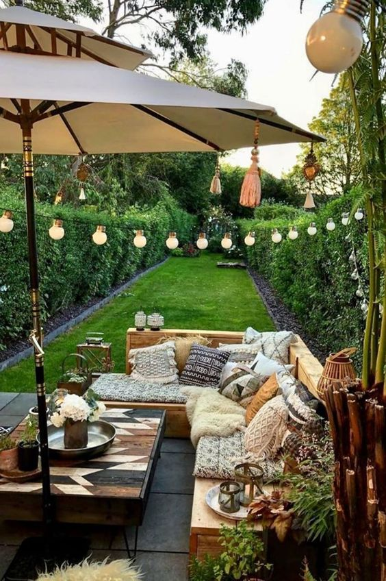 Fence Inspiration Ideas: Fresh Natural Fence