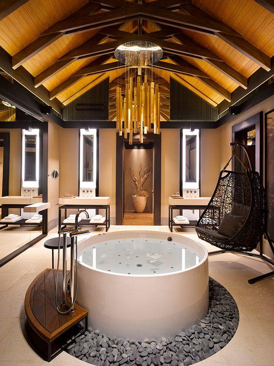 Hot Tub Decor: Luxury Indoor Tub