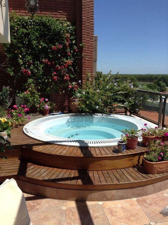 Hot Tub Decor: Fresh Natural Decor