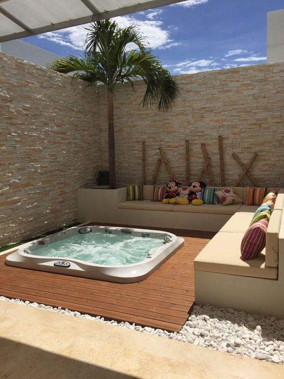 Hot Tub Decor: Warm Earthy Nuance