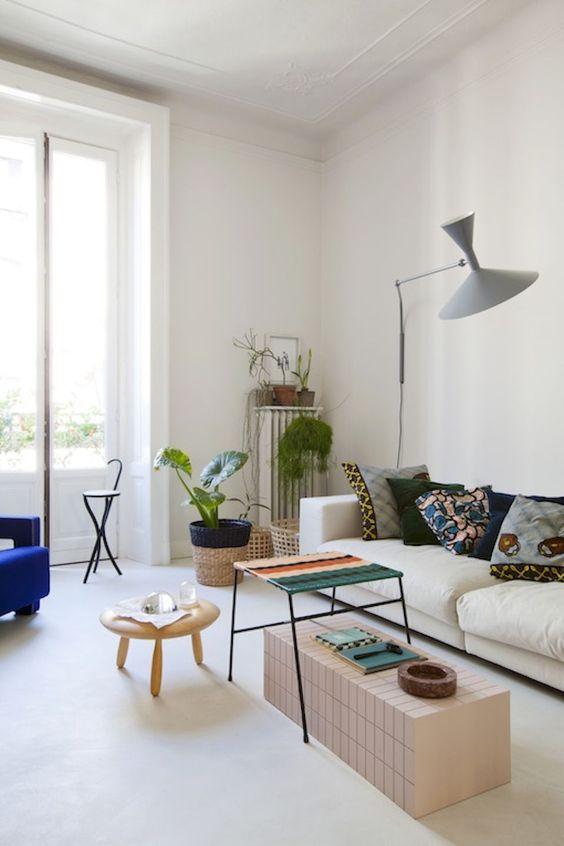 Living Room Design Ideas: Striking Neutral Shade