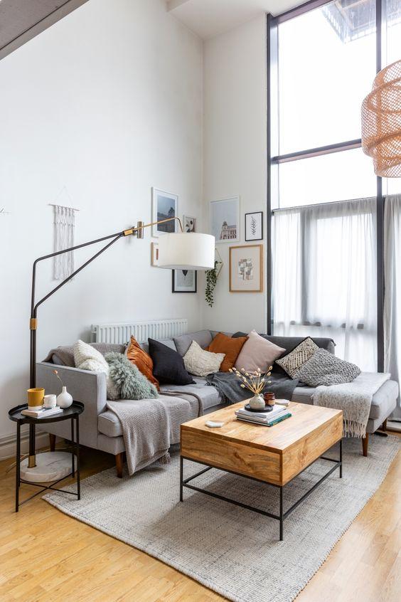 Living Room Design Ideas: Minimalist Earthy Decor
