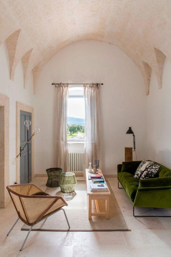 Living Room Design Ideas: Captivating Earthy Decor