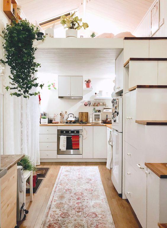 Loft Bedroom Ideas: Sweet Feminine Nuance
