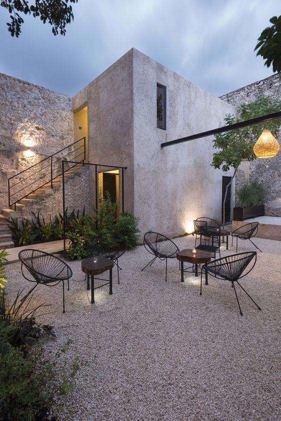Patio Design Ideas: Casual Gravel Patio