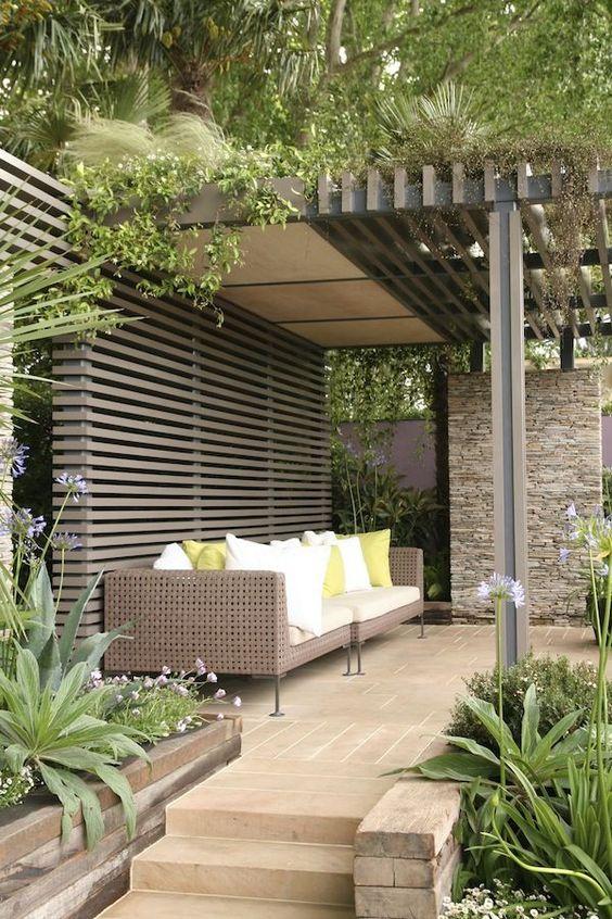 Patio Design Ideas: Earthy Brick Patio