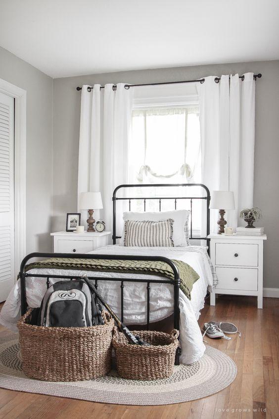 Small Bedroom Ideas: Calming Earthy Decor