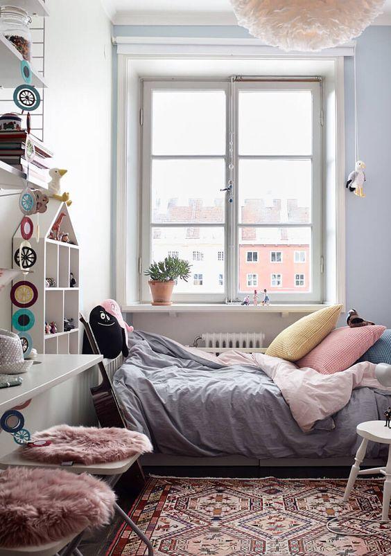 Small Bedroom Ideas: Feminine Pastel Look