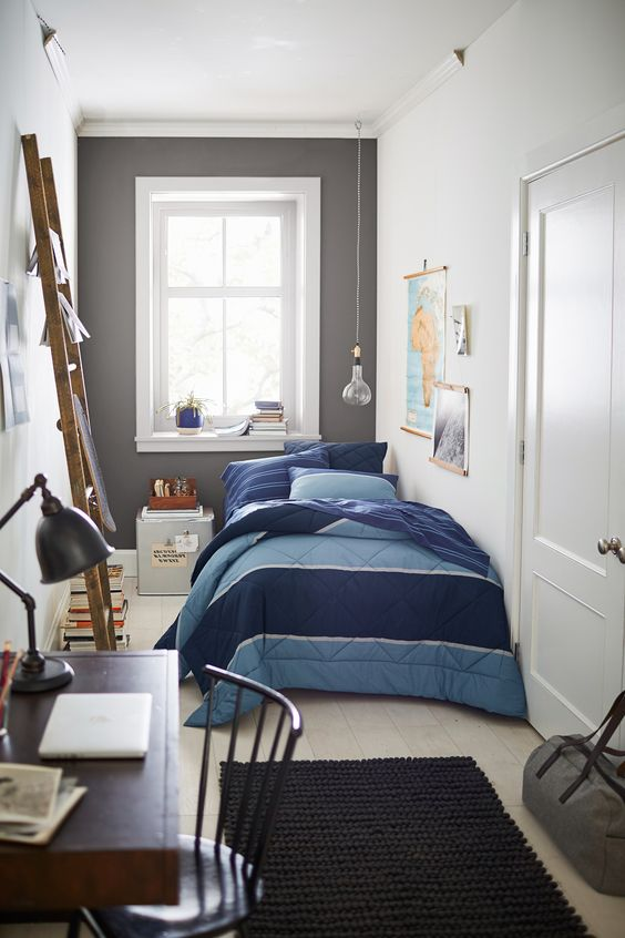 Small Bedroom Ideas: Striking Small Bedroom
