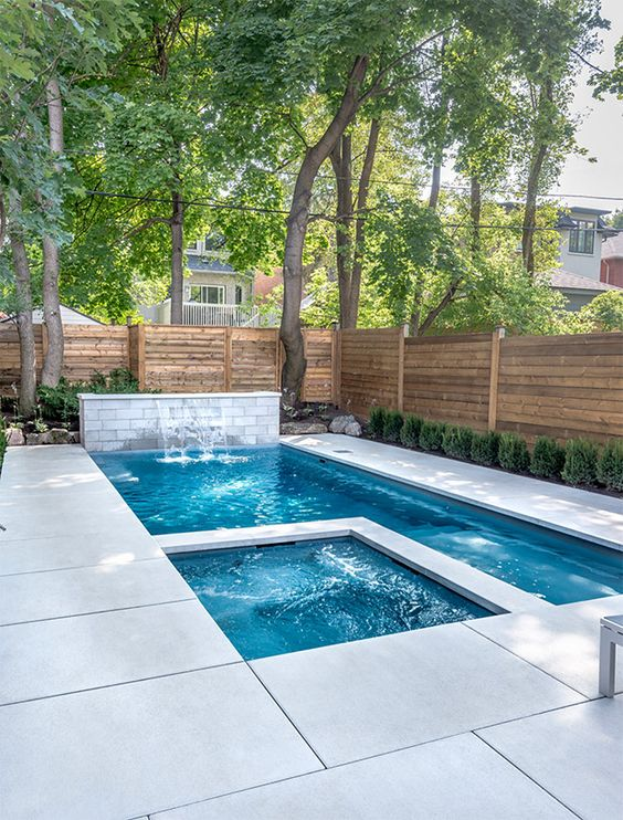 Swimming Pool Landscaping Ideas: Simple Earthy Decor