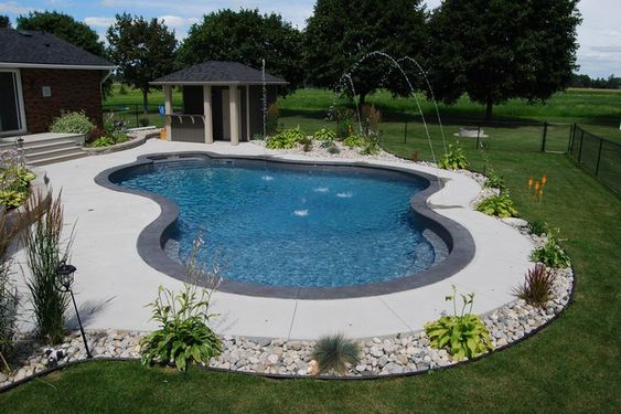Swimming Pool Landscaping Ideas