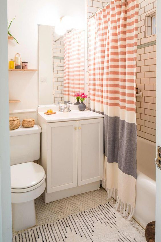 Apartment Bathroom Ideas: Simple Decorative Spot