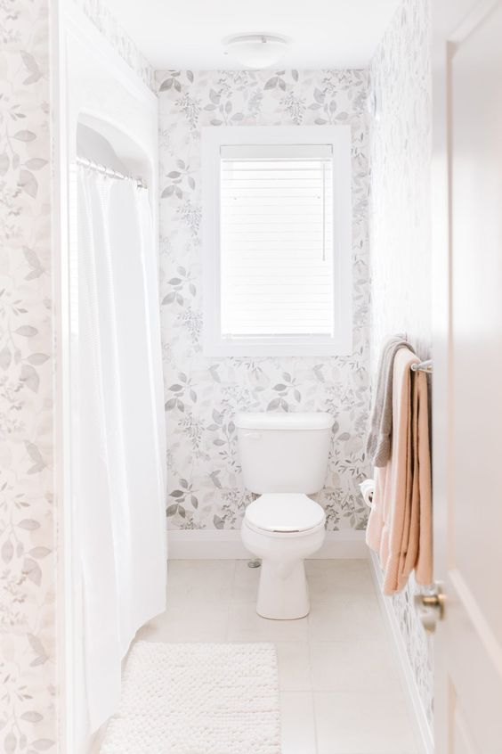 Apartment Bathroom Ideas: Lovely Shabby Chic