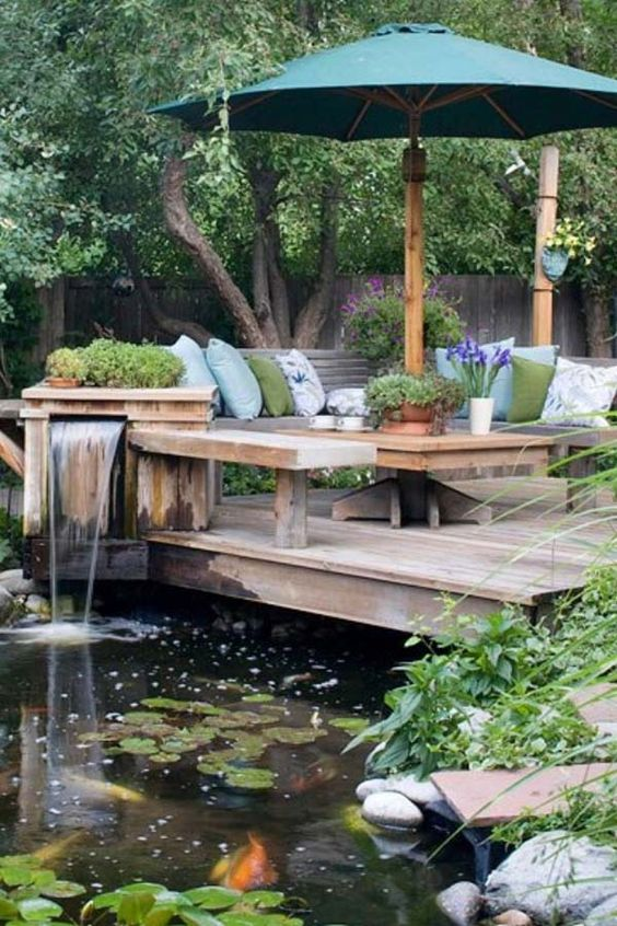 Backyard Pond Ideas: Cozy Sitting Area