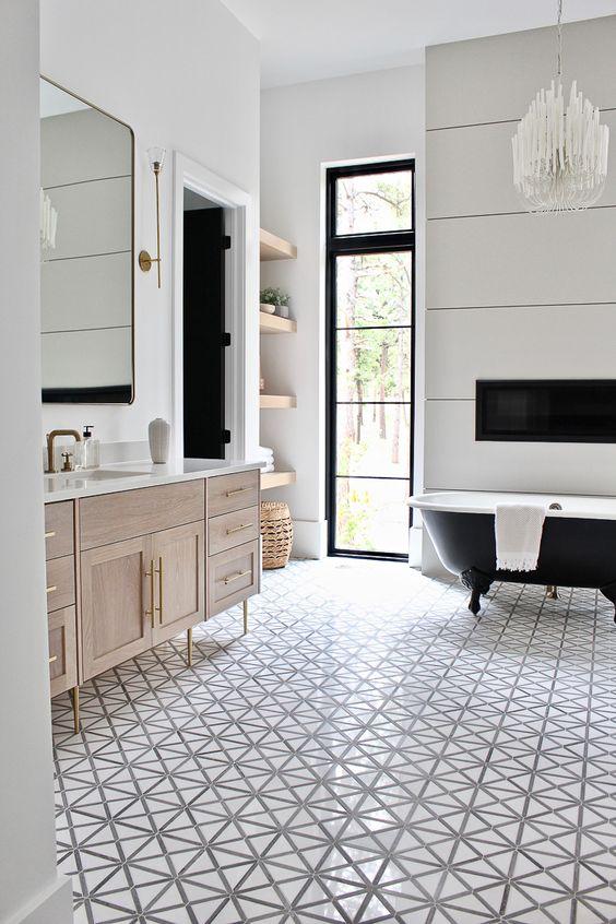 Bathroom Design Ideas: Striking Vintage Ambiance