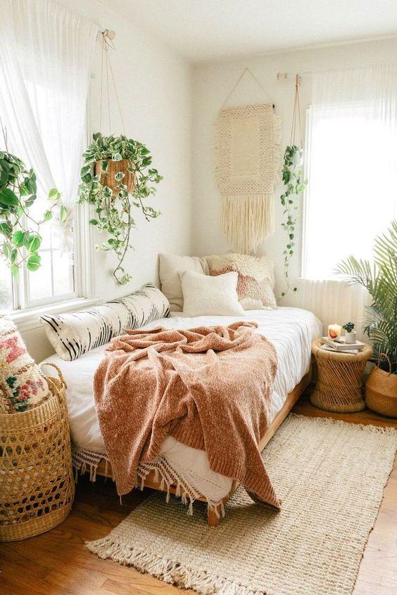 Bedroom Decor Ideas: Warm Earthy Boho