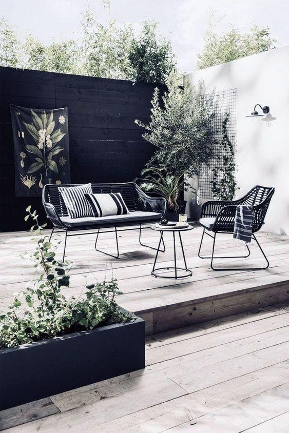 Black Fence Ideas: Dazzling Wood Fence