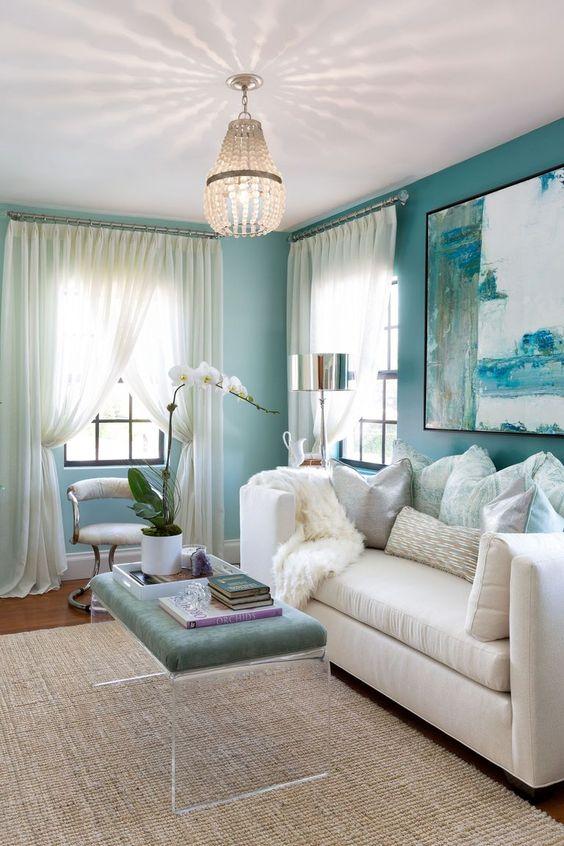 Blue Living Room Ideas: Lovely Beachy Decor