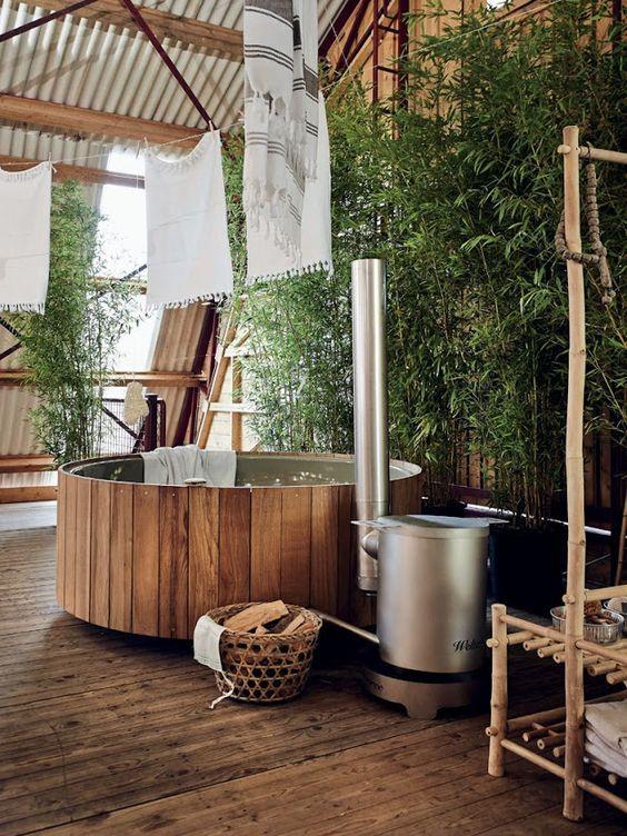 Cedar Hot Tub: Breathtaking Modern Rustic