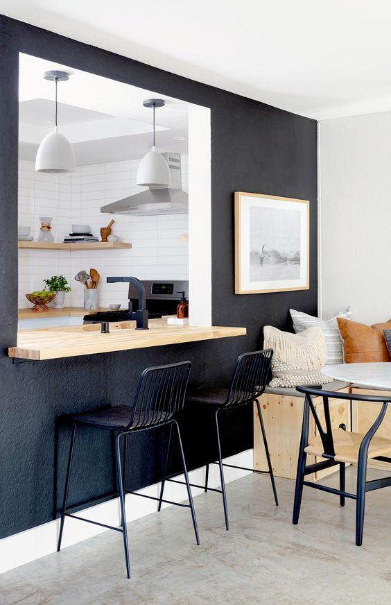 Kitchen Layout Ideas: Stylish Bold Accent